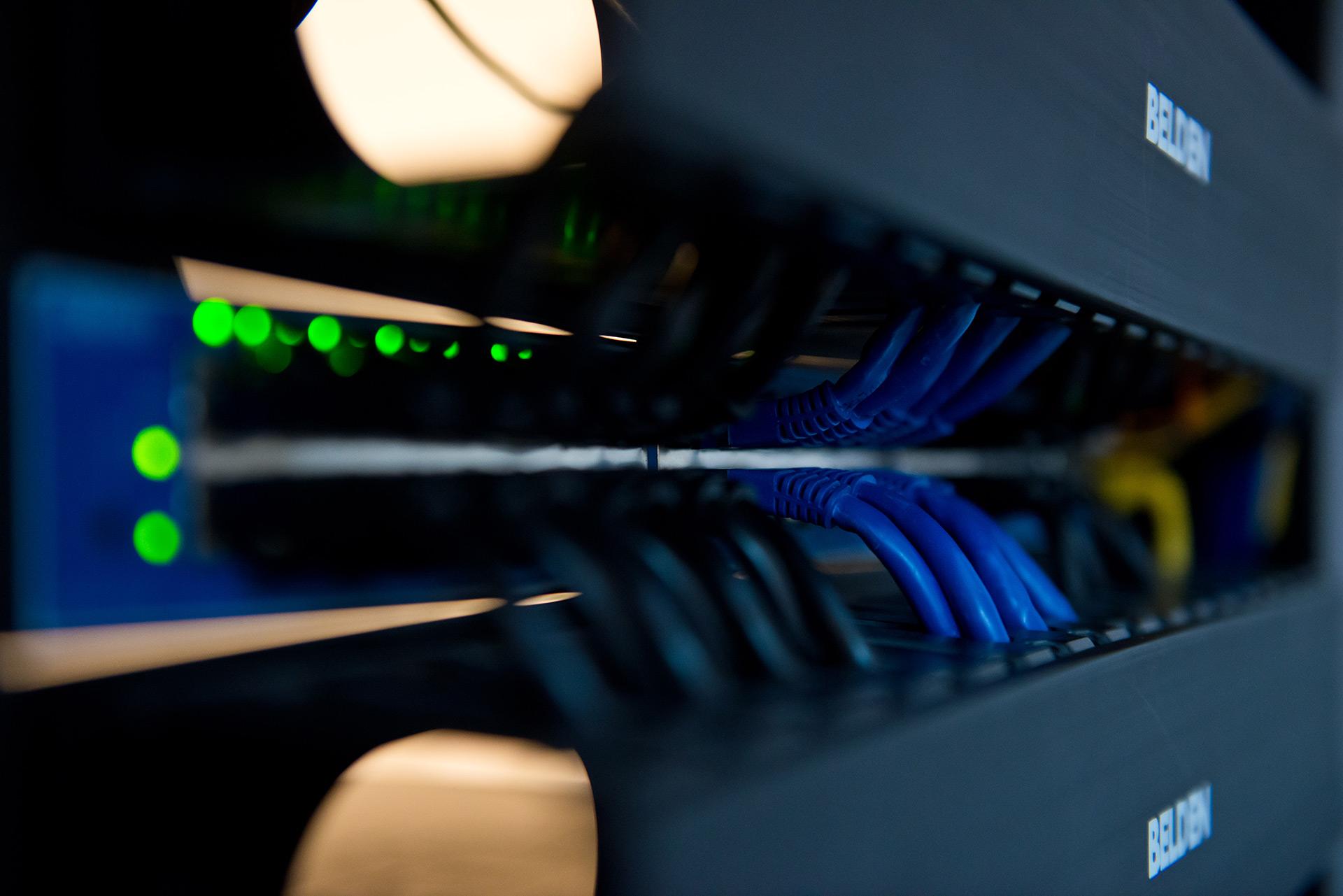Installateur de câbles réseaux recherché